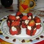 Клубничный десерт :)
